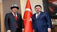 Altıeylül Belediyesi Kırgızistan'dan gelen misafirlerini ağırladı.
