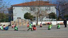 Edremit, geleneksel çocuk oyunlarını sporda yetenekle buluşturuyor