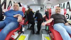 Burhaniyeliler kan bağışında örnek oldu