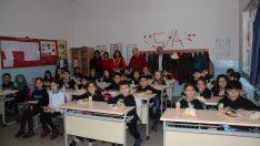 Altıeylül Ortaoku'nda Yerli Malı Haftası kutlandı