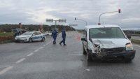 Ayvalık'ta saniye saniye kaza: 2 yaralı