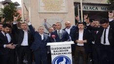 Mehmet Tüm'ün yanında utanmadan bozkurt yapan İsmail Ok…