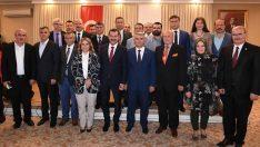 Yücel Yılmaz Ankara Balıkesirliler Derneği iftarına katıldı.