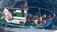 Yunanistan'a Kaçmaya Çalışan 19 Suriyeli Yakalandı.