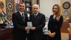 Akademisyen kardeşlerden MHP Lideri Bahçeli'ye 72. yaş hediyesi