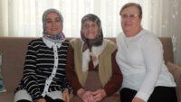 Leman ninenin 105. yaş gününü kutladılar