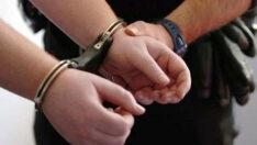 Balıkesir'de polis 37 aranan şahsı yakaladı.