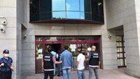 Balıkesir polisi yaptığı operasyonlarda 4 uyuşturucu tacirini yakaladı.