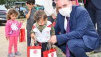 İzmir Balıkesirliler Derneği'nden Manyas ve Balyalı 400 çocuğa bayram hediyesi…