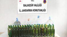 Balıkesir'de jandarmadan kaçak içki operasyonu.