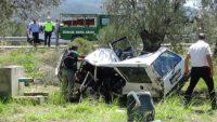 Şarampole uçan araçta 2 kişi hayatını kaybetti