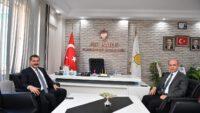 Balıkesir Büyükşehir Belediye Başkanı Yücel YILMAZ AK Parti Karesi İlçe Başkanı Yusuf Hocaoğlu'nu ziyaret etti.