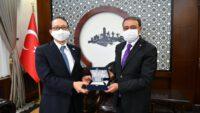 Japonya İstanbul Başkonsolosu Hisao Nishimaki ValiHasan Şıldak'a nezaket ziyaretinde bulundu.