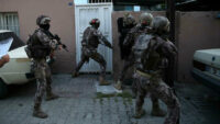 Aralarında Balıkesir'in de bulunduğu 15 ilde FETÖ'ye şafak operasyonu: 22 kişi aranıyor