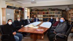 İlahiyat Fakültesi Dekanı Prof. Dr. Mehmet Bayyiğit'i ziyaret etti.