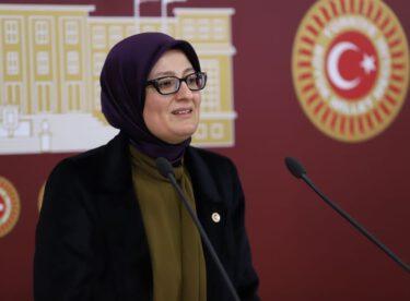 """""""KADINLARIN YER ALMADIĞI HER ALAN EKSİKTİR"""""""