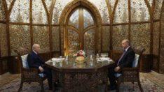 Özbek Otağı'nda iftar yemeği..