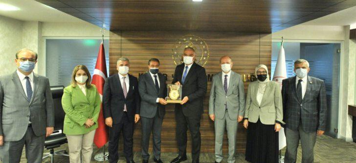 Vali Şıldak Kültür ve Turizm Bakanı Mehmet Nuri Ersoy'u Ziyaret Etti