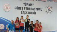 Yağmur Emir Güreşte Türkiye Şampiyonu