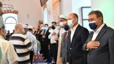 Tarihi Zağnos Paşa Camii'nde Bayramlaşma