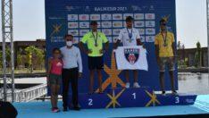 ETU Balıkesir Triatlonu Avlu'da düzenlenen ödül töreni ile son buldu.