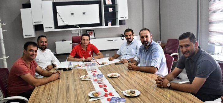 Ülkü Ocakları eski genel başkanı Sinan Ateş BALKES'i ziyaret etti.