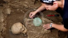 2 Bin 400 Yıllık Mezar Gün Yüzüne Çıktı