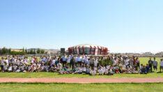 Çocuk Atletizm Yarışları, İsmail Akçay Atletizm Pisti'nde gerçekleştirildi.