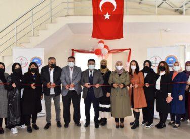 Balıkesir Karamanköy'lü kadınlar Altıeylül Belediyesi sosyal tesisini kullanarak üretecekler