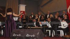 Kırık Bir Aşk Hikâyesi ile müthiş konser