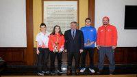 Milli Tenisçiler Vali Yazıcı'yı ziyaret etti