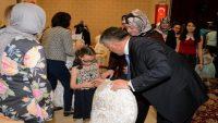 Vali Yazıcı, Sevgi Evleri'nde kalan çocuklarla iftar yaptı