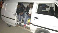 Göçmen olarak geldiler, organizatör oldukları için gözaltına alındılar
