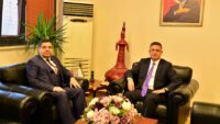 Balıkesir Ülkü Ocakları Başkanı Kazım Çalışkan'dan Rektörüe Ziyaret