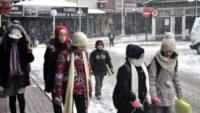 Taşımalı ve bazı köy okullarındaki eğitime 'kar' tatili
