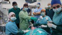 """BAÜN Tıp Fakültesi'nde bir ilk daha :""""İzsiz tiroit"""" ameliyatı"""