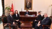 Ankara Balıkesirliler Derneği Yönetim Kurulu Ankara Valisi Vasip ŞAHİN'i ziyaret etti,