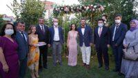 CHP'li başkanın kızını istemeye, Ak Partili Başkan gitti