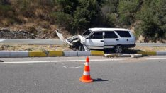 Hastaneden dönerken Edremit yolunda kaza yaptı, eşi yaralandı