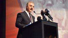 MHPli Büyükataman, partisinin Balıkesir İl Kongresi'nde konuştu