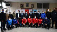 Güreş Federasyonu tarafından spor kulüplerine yapılan malzeme yardımları