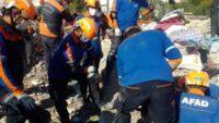 Balıkesir AFAD 201 kurtarma personeliyle İzmir'de