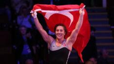 Dünya Kupası'nda milli güreşçi Yasemin Adar finale çıktı