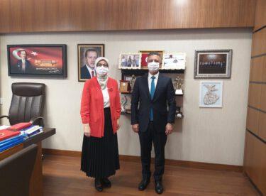 Rektör İlter KUŞ Balıkesir Milletvekili Belgin Gökçe Uygur'u makamında ziyaret etti.