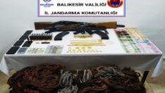 12 hırsızlık şüphelisinden ele geçirilenlere bakın!..