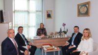 Rektör kuş milletvekili Mutlu AYDEMİR'i ziyaret etti.