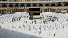 Türkiye'den umre için ziyaretçi kabul edilmeyecek