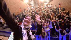 Altıeylül Belediyesi Hasan Can Kültür Merkezi'Nde Uzman Aile Danışmanı ve Yazar Hatice Kübra Tongar'ı ağırladı.