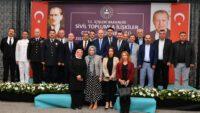 Vali Hasan Şıldak İçişleri Bakanı Süleyman Soylu ile birlikte seminere katıldı