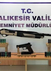(16) adet ruhsatsız Silah,(12) adet ruhsatsız Tüfek yakalandı